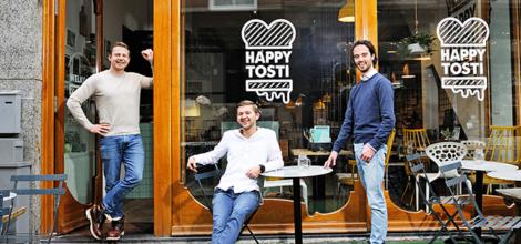 Jasper Kool, Wibe Smulders en Sam Holtus Happy Tosti
